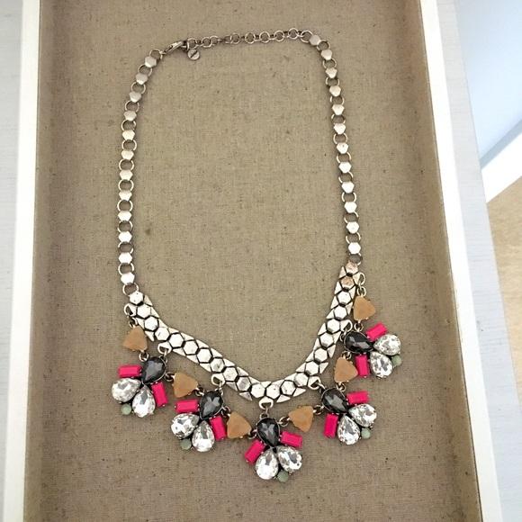 Beautiful sparkle necklace
